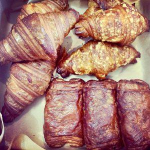 Les Croissants Pastry Box